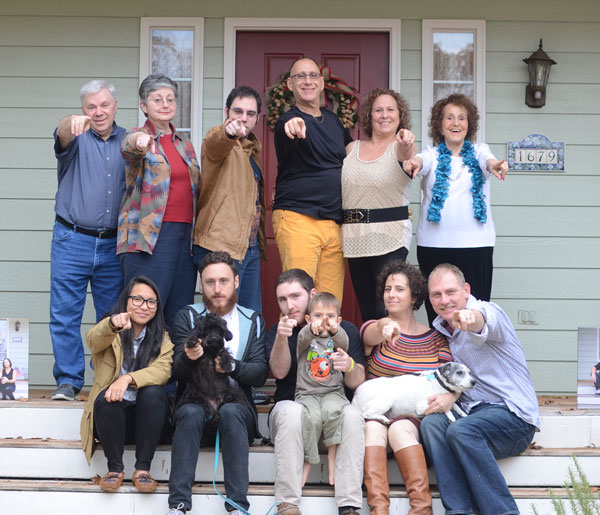 Martens-family-photo-pointing